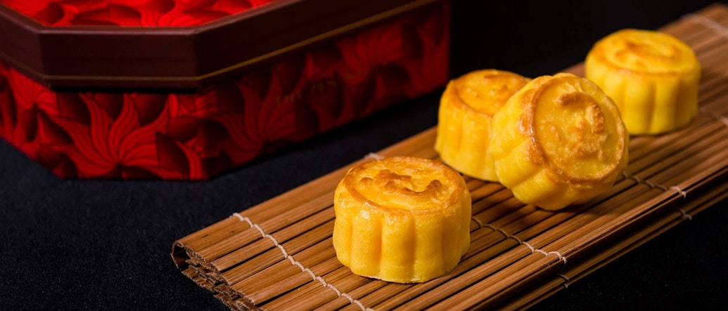 5 Places Serving Up the Hottest Mooncakes in Bangkok This Year's Mid-Autumn Festival