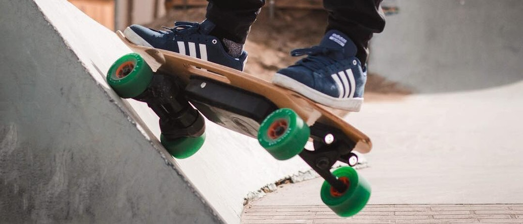 Give Your Next City Stroll a Boost With These 3 Electric Skateboards